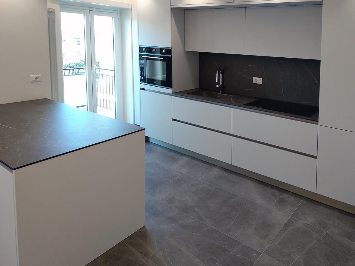 ristrutturazione appartamento pavimento cucina